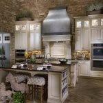 Celebrity-Custom-Homes-kitchens-e