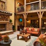 Celebrity-Custom-Homes-outdoor-a11